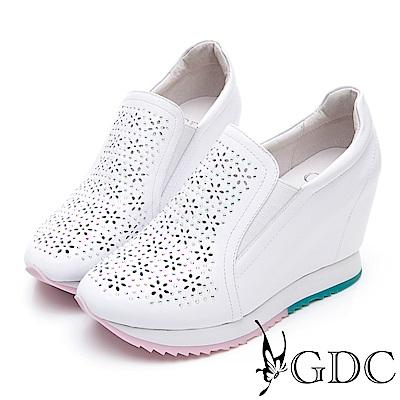 GDC-熱賣牛皮雕花舒適質感內增高素面休閒鞋-白色