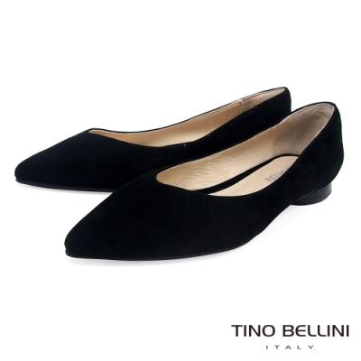 Tino Bellini 純色羊麂皮好穿尖頭低跟娃娃鞋_黑