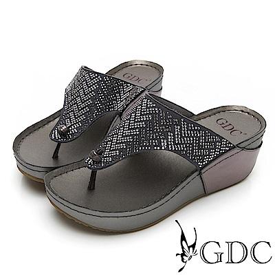 GDC-萬年不敗款真皮船型底水鑽舒適好走夾腳拖鞋-灰