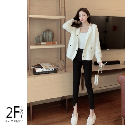 2F韓衣-韓系連帽金屬排釦造型貂絨加厚外套-2色(M-XL)