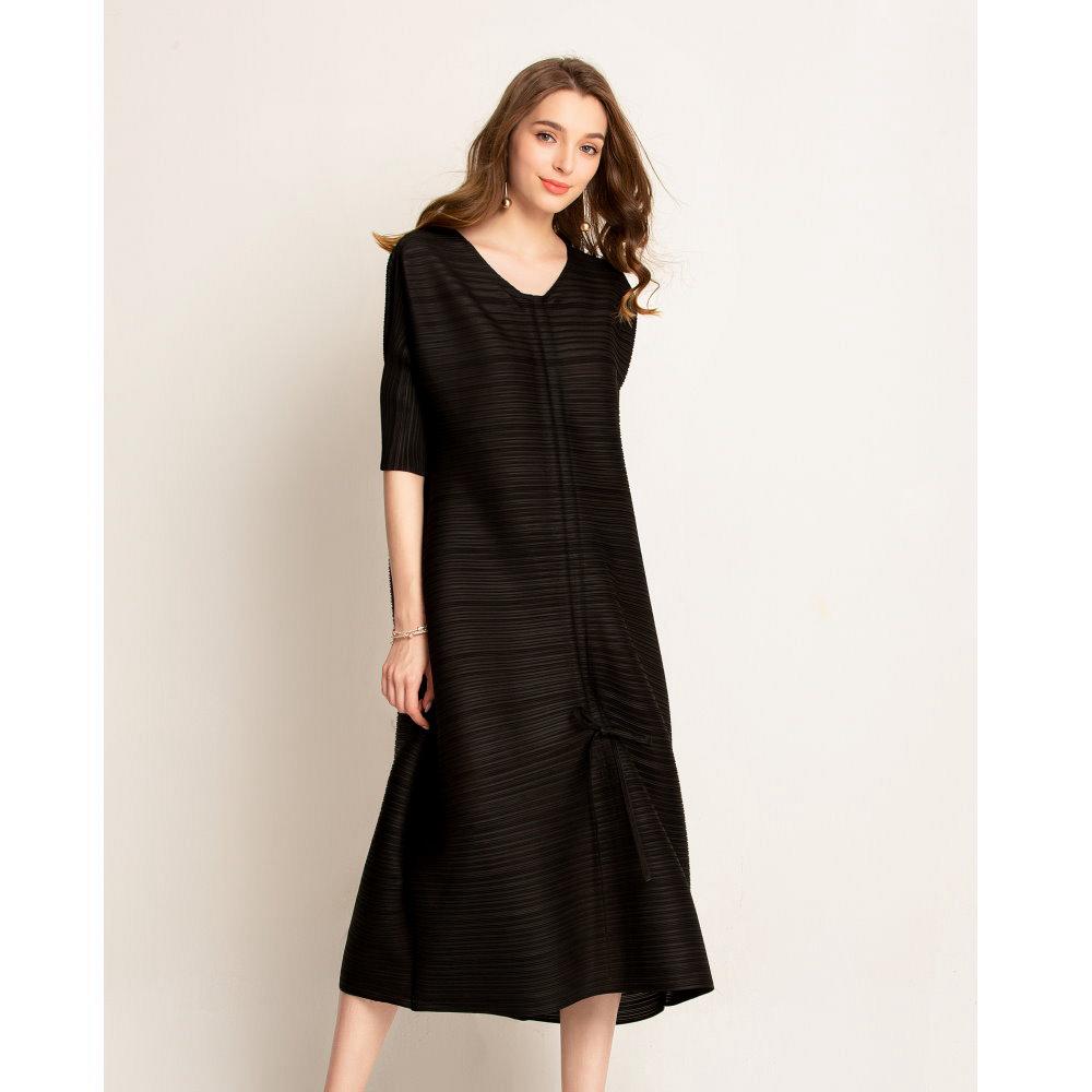 時尚圓領腰間鬆緊五分袖黑洋裝-F-糖潮
