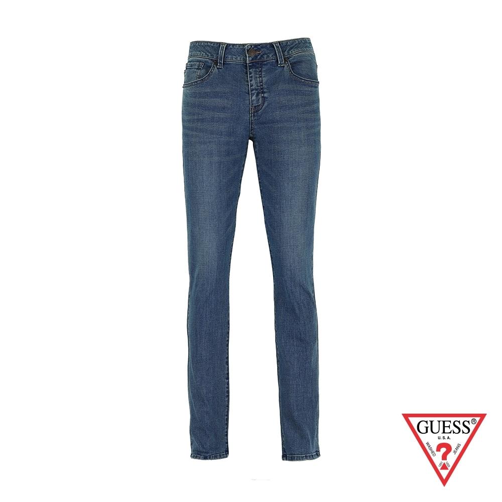 GUESS-男裝-水洗刷色修身直筒牛仔褲-藍 原價3990
