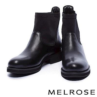 短靴 MELROSE 時尚率性異材質拼接純色粗低跟短靴-黑