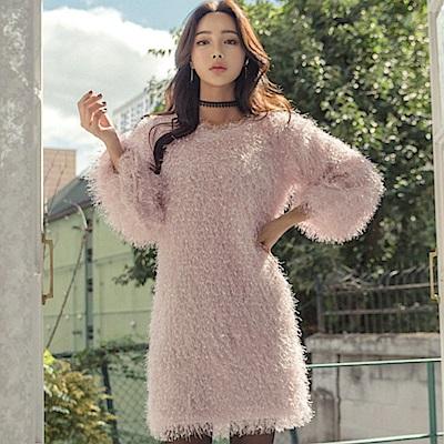 La Belleza圓領雪花流蘇毛毛燈籠袖包臀短洋裝