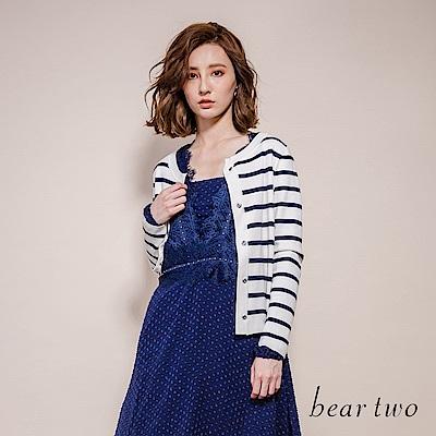 beartwo 甜美可愛蝴蝶釦子針織外套(二色)