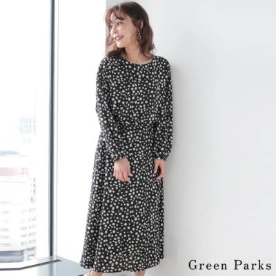 Green Parks 【SET ITEM】點點寬袖圓領上衣+打褶喇叭長裙