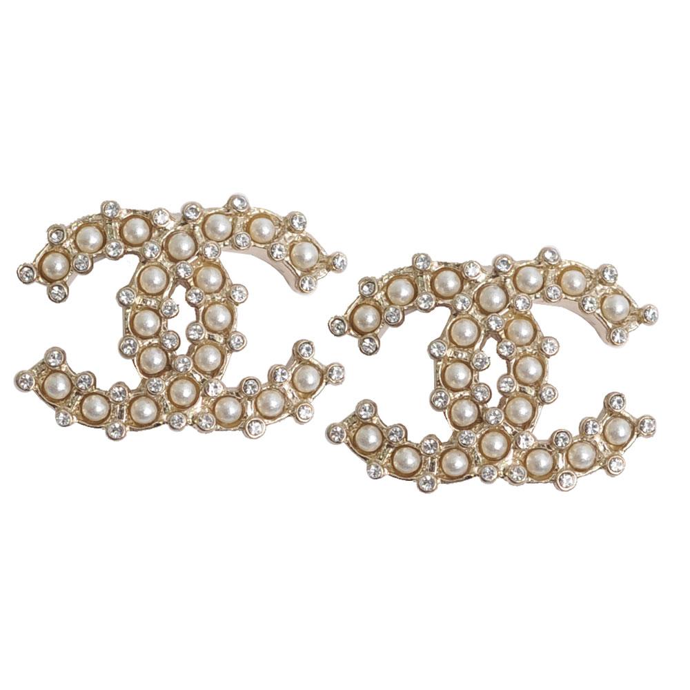 CHANEL AB0819 金色經典雙C LOGO珍珠風綴邊水鑽嵌穿式耳環(耳針式)