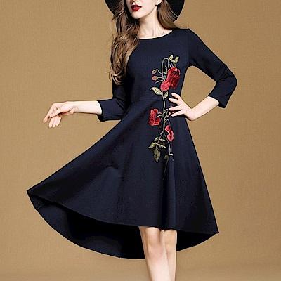 刺繡花不規則裙擺七分袖洋裝S~2XL-M2M