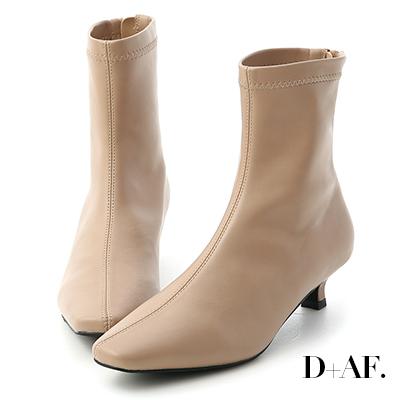 D+AF 優雅專屬.素面中車線小貓跟襪靴*杏