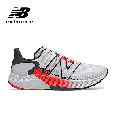 【New Balance】輕量跑鞋_女性_白色_WFCPRWR2-D楦