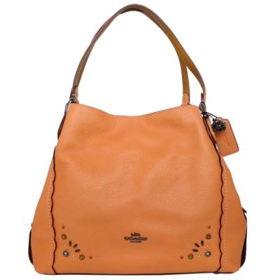 COACH蜜橘色鉚釘貼花荔枝紋全皮三層肩背賈姬包