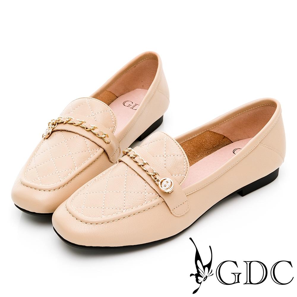 GDC-經典小香風菱格金鍊真皮方頭樂福休閒鞋-卡其色