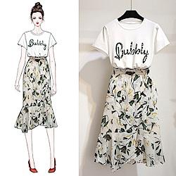 初色  字母上衣+魚尾裙兩件式套裝-共2色-(M-XL可選)