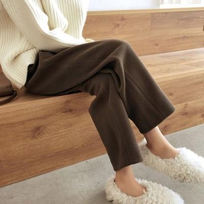 MOCO燈芯絨寬鬆顯瘦內裡加絨胯大腿粗胖鬆緊高腰闊腿寬褲L~4XL