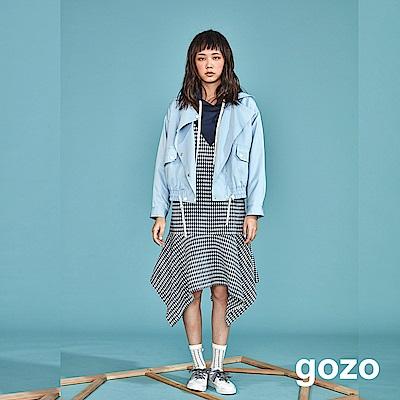 gozo 滿版小方格拼接V領連帽洋裝(深藍)