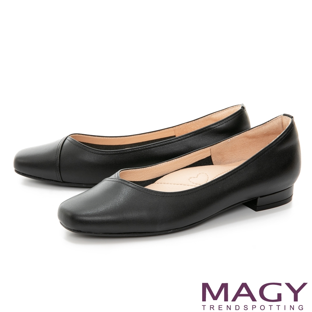 MAGY 質感素面V口真皮 女 低跟鞋 黑色
