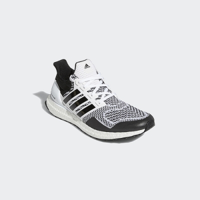 adidas ULTRABOOST DNA 跑鞋 男 H68156