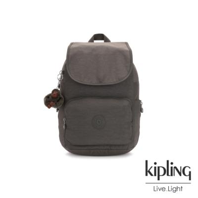 Kipling 極簡深卡其灰色掀蓋拉鍊後背包-CAYENNE