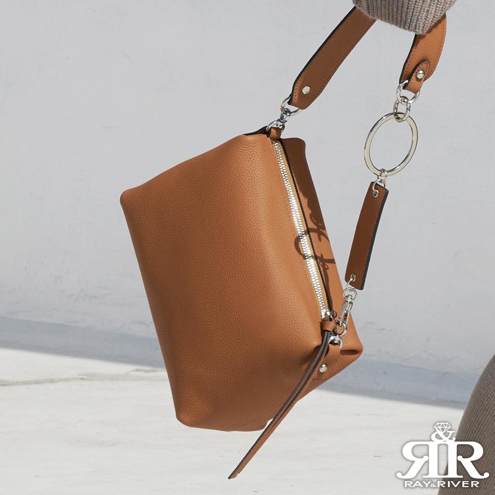 2R 頭層牛皮Ladies環釦背帶斜背名媛包 皮感棕