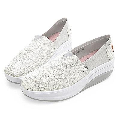 PLAYBOY 玩美拼接亮蔥輕量休閒鞋-白-Y530811
