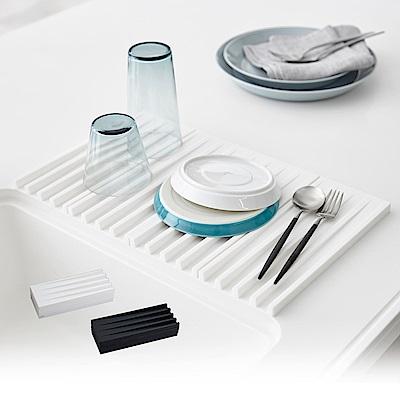日本 YAMAZAKI-tower斷水流折疊式瀝水盤(白)★廚房用品/瀝水盤/隔熱墊