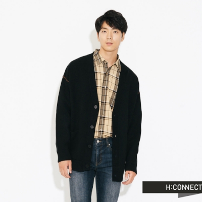 H:CONNECT 韓國品牌 男裝-落肩排扣雙口袋針織外套-黑
