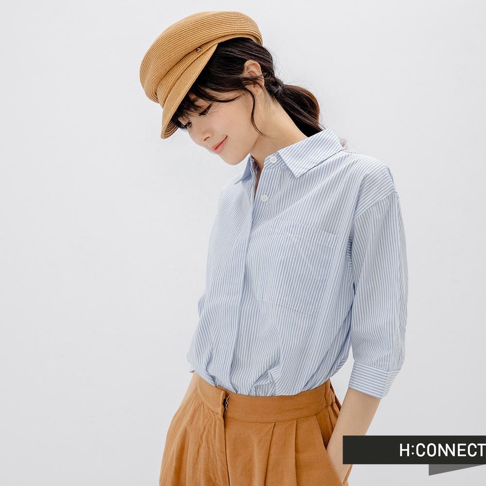 H:CONNECT 韓國品牌 女裝 - 細條紋寬版口袋襯衫-藍