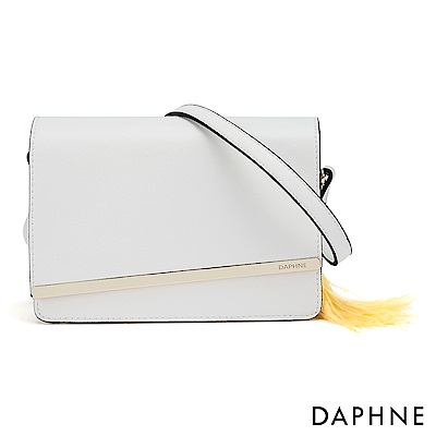 達芙妮DAPHNE-性感鍊帶流蘇掀蓋小方包-白色