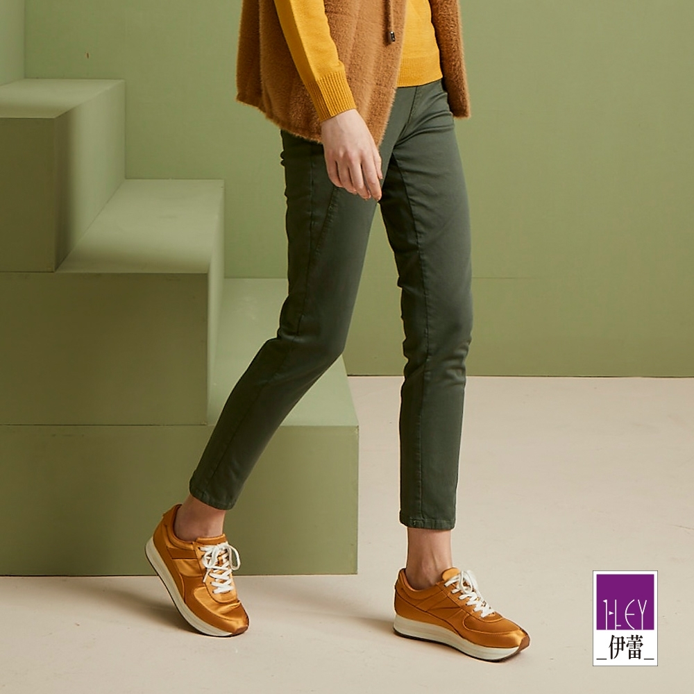 ILEY伊蕾 超修飾腿長細紋窄管褲(綠)