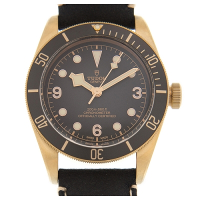 TUDOR 帝舵 (79250BA)Black Bay Bronze青銅皮帶款x43mm