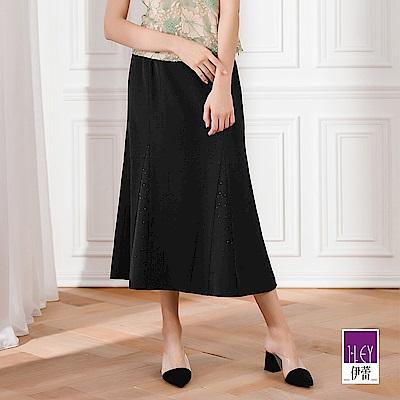 ILEY伊蕾 燙鑽三角衩造型A字長裙(黑)