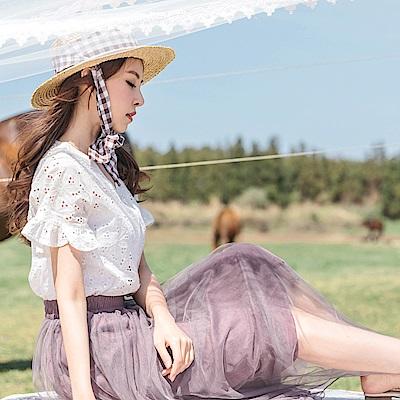 婚禮系列~高含棉純色蕾絲雕花v領排釦上衣-OB大尺碼