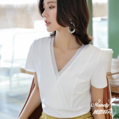 Mandy國際時尚 V領文雅時尚上班OL短袖上衣 (3色) 【韓國服飾】
