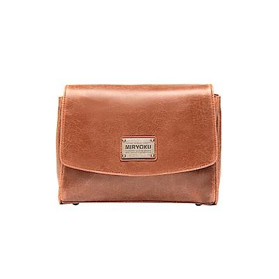 MIRYOKU 復古皮革系列 / 率性時尚肩揹掀蓋磁扣方包(共3色)
