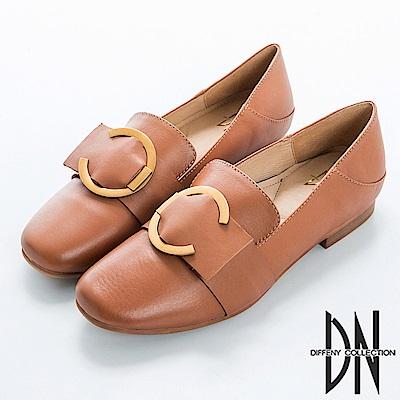 DN 帥氣英倫 復古質感皮革飾釦鞋-棕