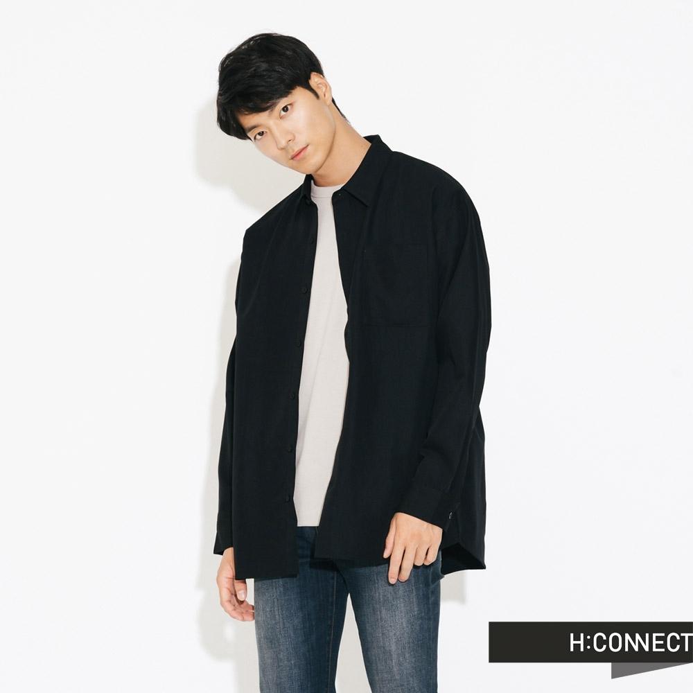 H:CONNECT 韓國品牌 男裝-素面口袋嫘縈襯衫-黑