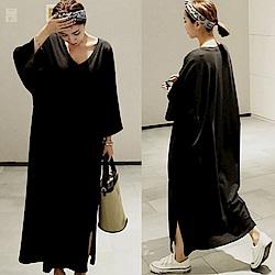 MOCO大V領側側開叉寬鬆長版棉質洋裝落肩七分袖