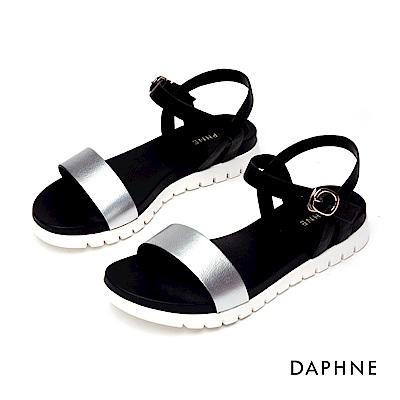 達芙妮DAPHNE 涼鞋-簡約純色一字帶休閒涼鞋-銀色