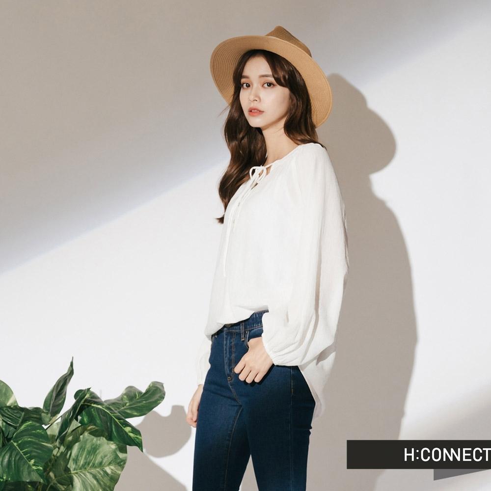 H:CONNECT 韓國品牌 女裝-縮袖排扣綁繩上衣-白