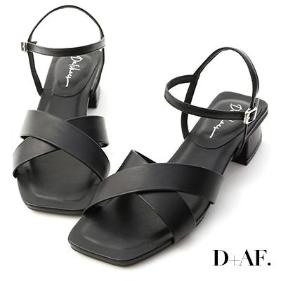 D+AF 優雅俐落.寬版交叉方頭低跟涼鞋*黑