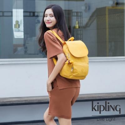 Kipling 鮮豔太陽黃翻蓋拉鍊後背包-CAYENNE S
