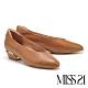 低跟鞋 MISS 21 復古奶奶風極簡舒適羊皮粗低跟鞋-咖 product thumbnail 1