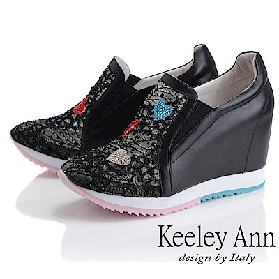 Keeley Ann墊起腳尖愛 網面電繡愛心內增高休閒鞋(黑色-Ann系列)