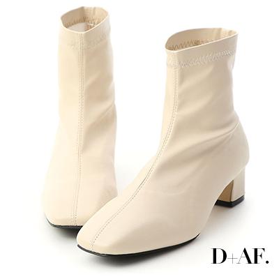 D+AF 好評印象.復古方頭車線中跟短靴*米白
