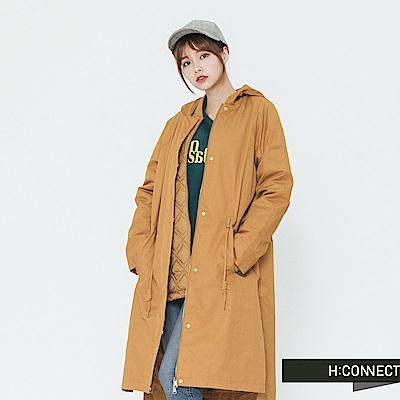H:CONNECT 韓國品牌 女裝-兩件式連帽抽繩風衣-卡其 - 動態show