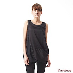 KeyWear奇威名品     絲質光澤美型拼接立體剪裁無袖洋裝-黑色