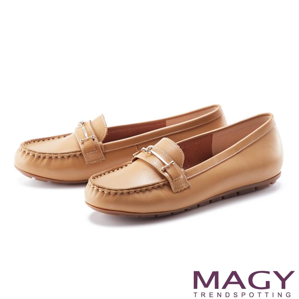 MAGY 嚴選真皮金屬飾釦 女 平底鞋 棕色