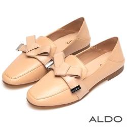 ALDO原色真皮金屬LOGO佐蝴蝶結領結粗跟樂福鞋