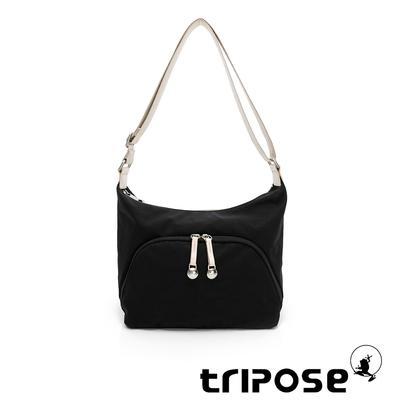 tripose MEMENTO微皺尼龍牛角斜背包-小-經典黑
