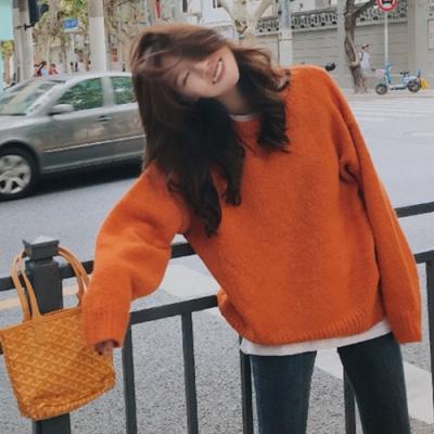 La Belleza素色圓領落肩毛料套頭針織毛衣